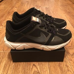 NIKE Quick Fit Women's Training Shoes (used) Sz 9